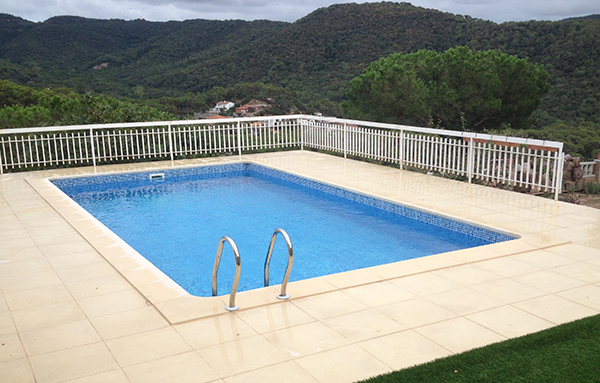 Reparaci n piscinas de acero reparaci n de piscinas for Reparacion piscinas