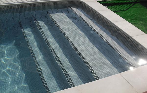 Reparaci n de gresite reparaci n de piscinas for Gresite piscinas colores